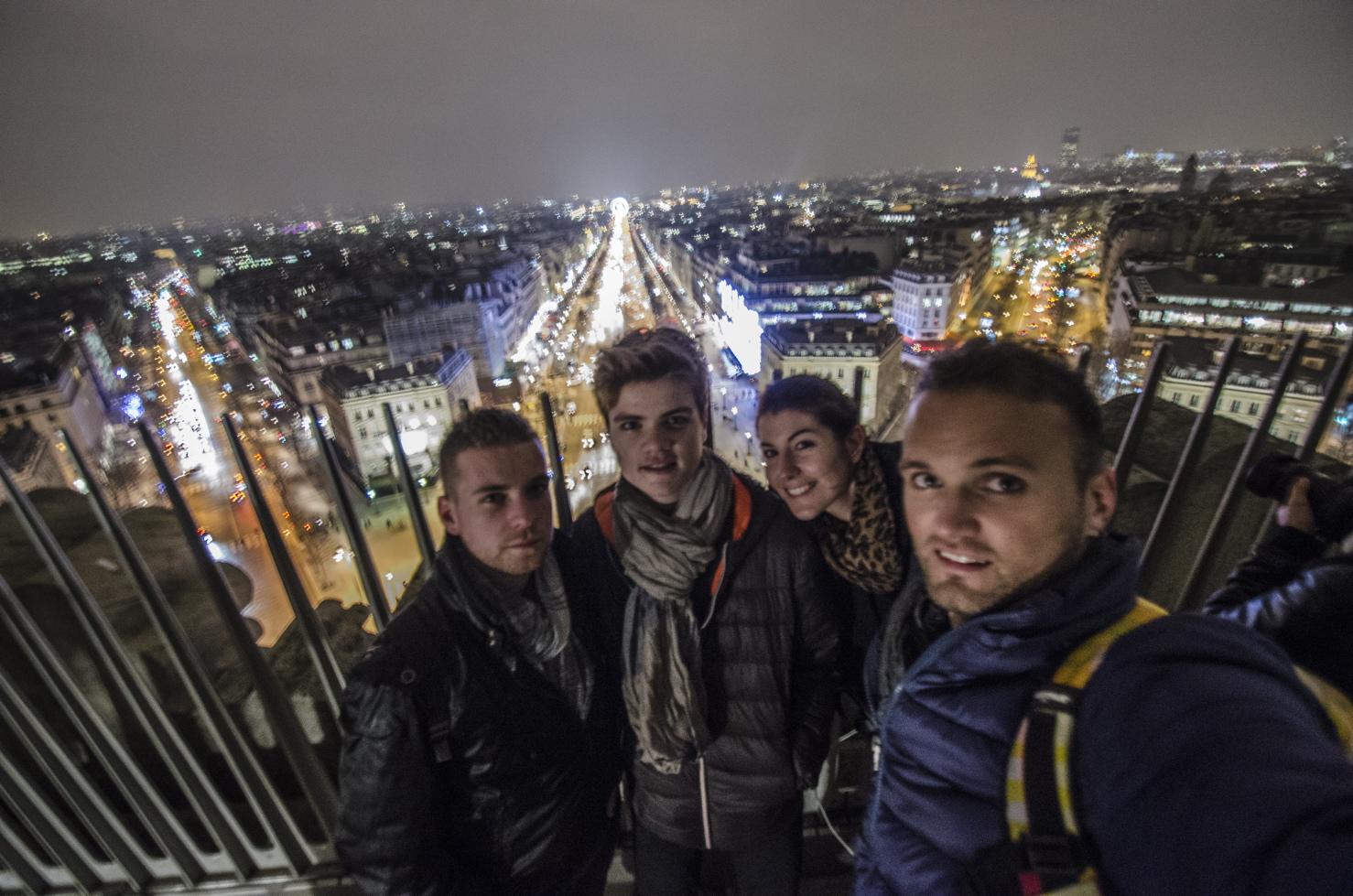 Photo sur l'Arc de Triomphe